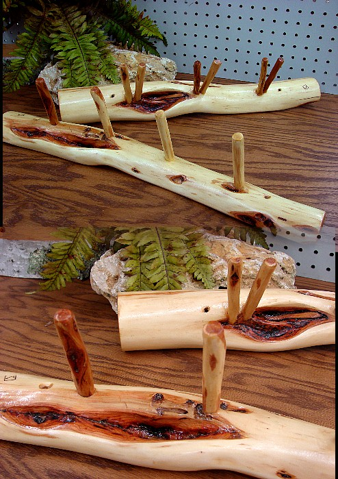 Hand Carved Diamond Willow Wall Mount Coat Peg Rack, Moose-R-Us.Com Log Cabin Decor