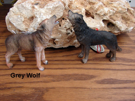Midwest Detailed Northwoods Howling Grey Wolf Ornament, Moose-R-Us.Com Log Cabin Decor