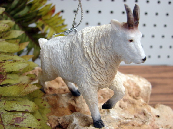 Midwest Detailed Mountain Goat Wildlife Ornament, Moose-R-Us.Com Log Cabin Decor